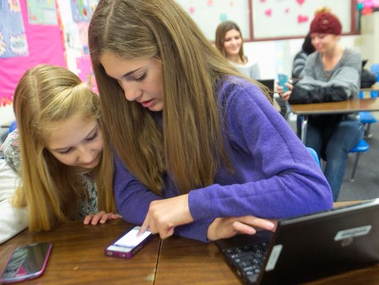 should students use mobile in school