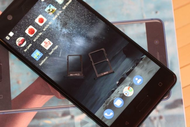 Nokia 5. Модулі SIM-карт