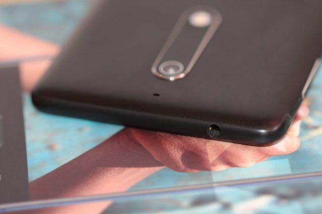 Nokia 5. 3,5 мм роз'єм