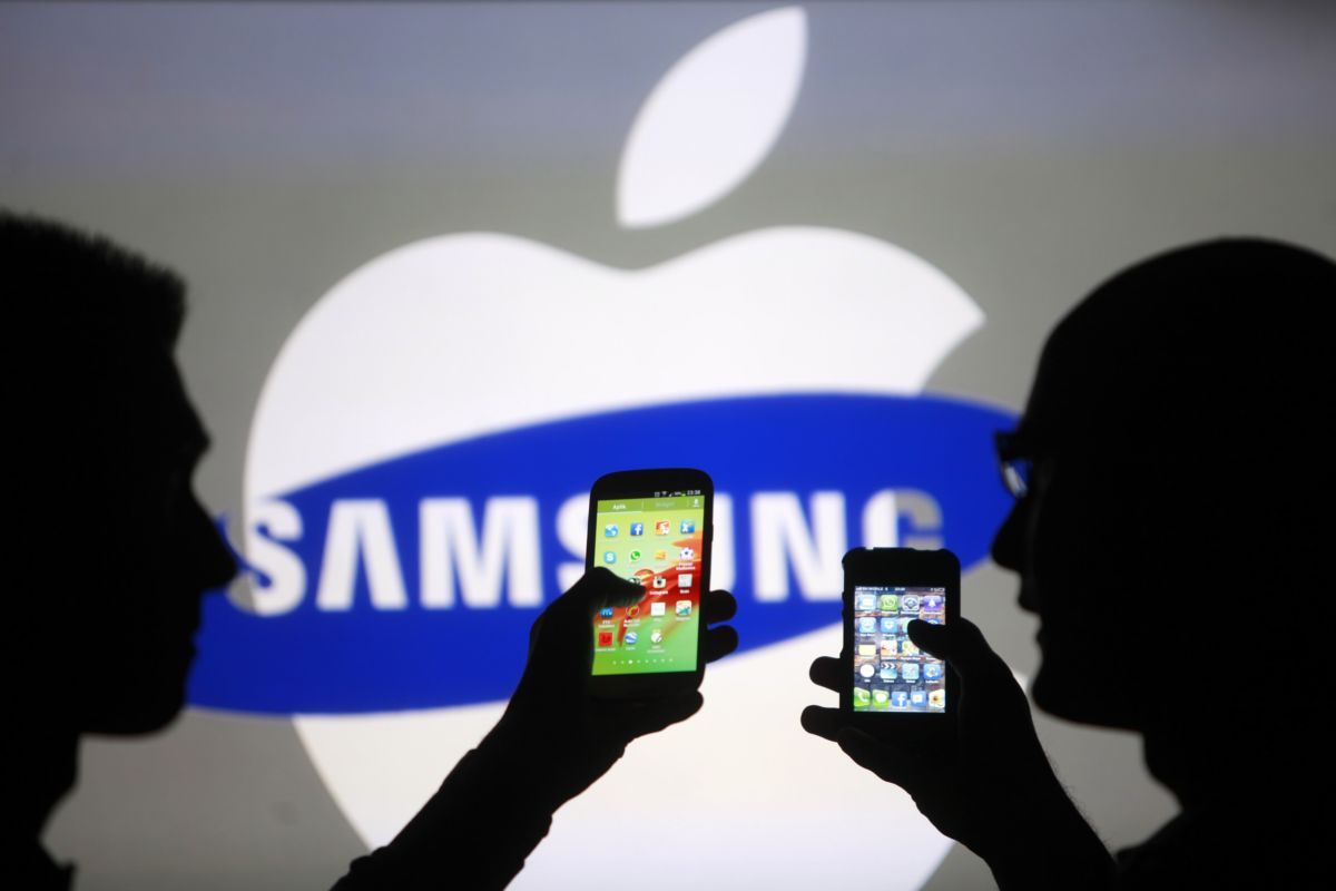 Apple та Samsung
