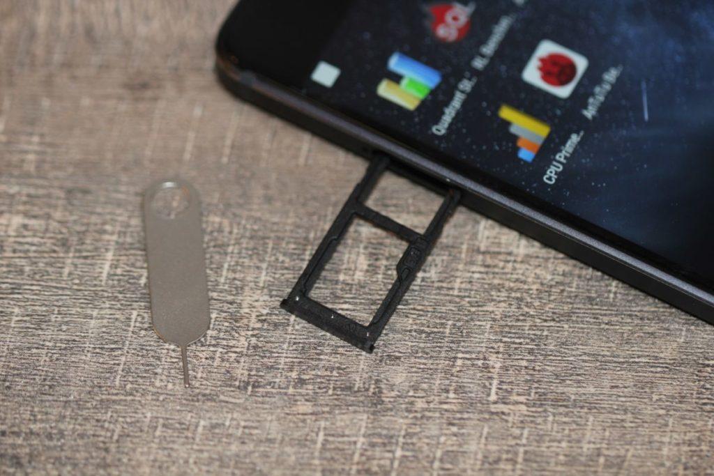 Nokia 6. Лоток для SIM-карт