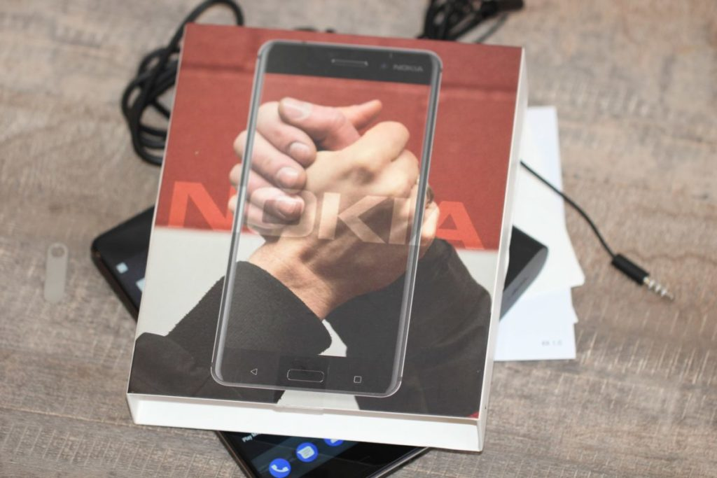 Nokia 6. Яка тут упаковка