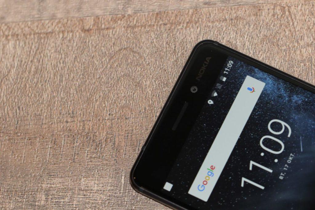 Nokia 6. Фронтальна камеа