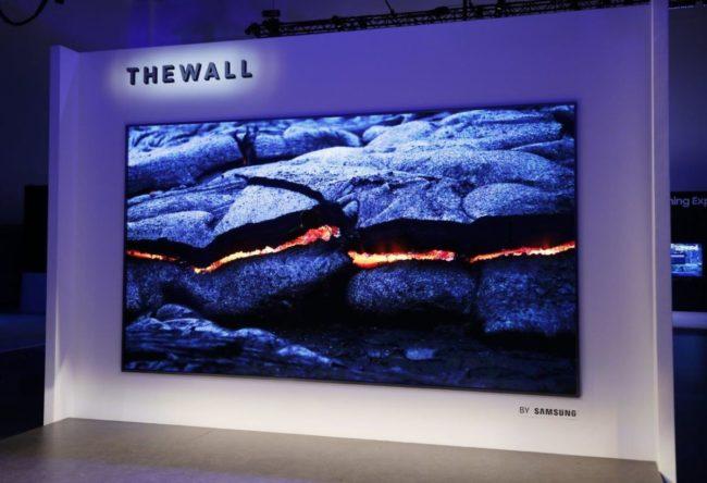 Samsung TV 146 дюймiв. Тестування