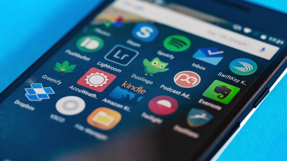 Самыми популярными категориями приложений в Google Play Store являются музыкальные, а также развлекательные