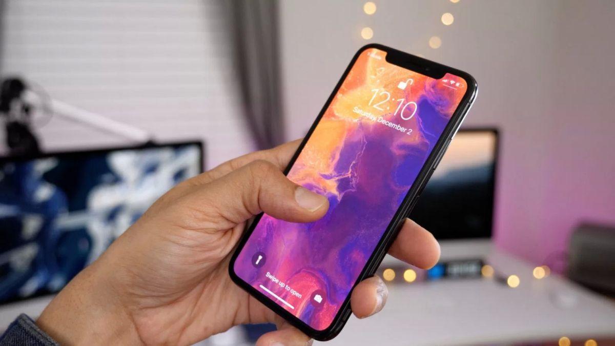 Apple разрабатывает новый жест для управления iPhone без прикосновения к экрану