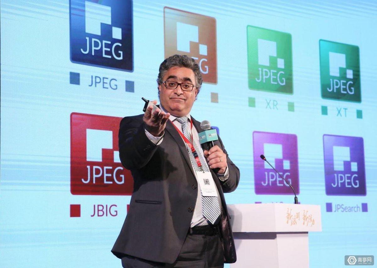 Голова робочої групи розробників JPEG XS професор Турадж Ебрахімі каже, що їхнє рішення спершу буде використовуватися в професійних сферах