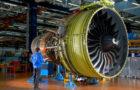 Rolls-Royce планує ремонтувати авіаційні двигуни за допомогою електронних тарганів