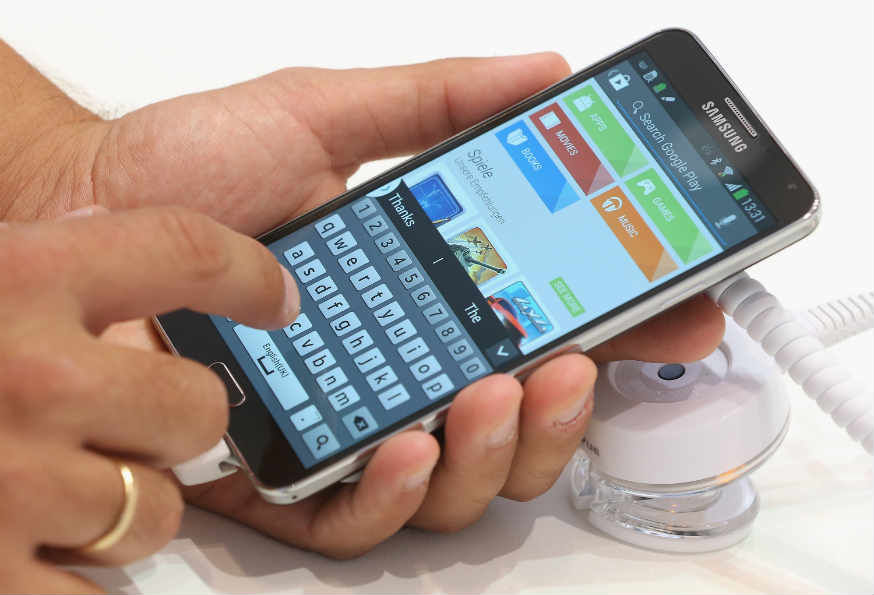 samsung-galaxy-touch-typing.jpg
